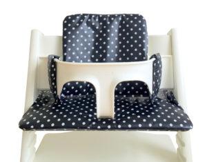 zwart wit stoelkussen met stippen voor de Stokke tripp trapp